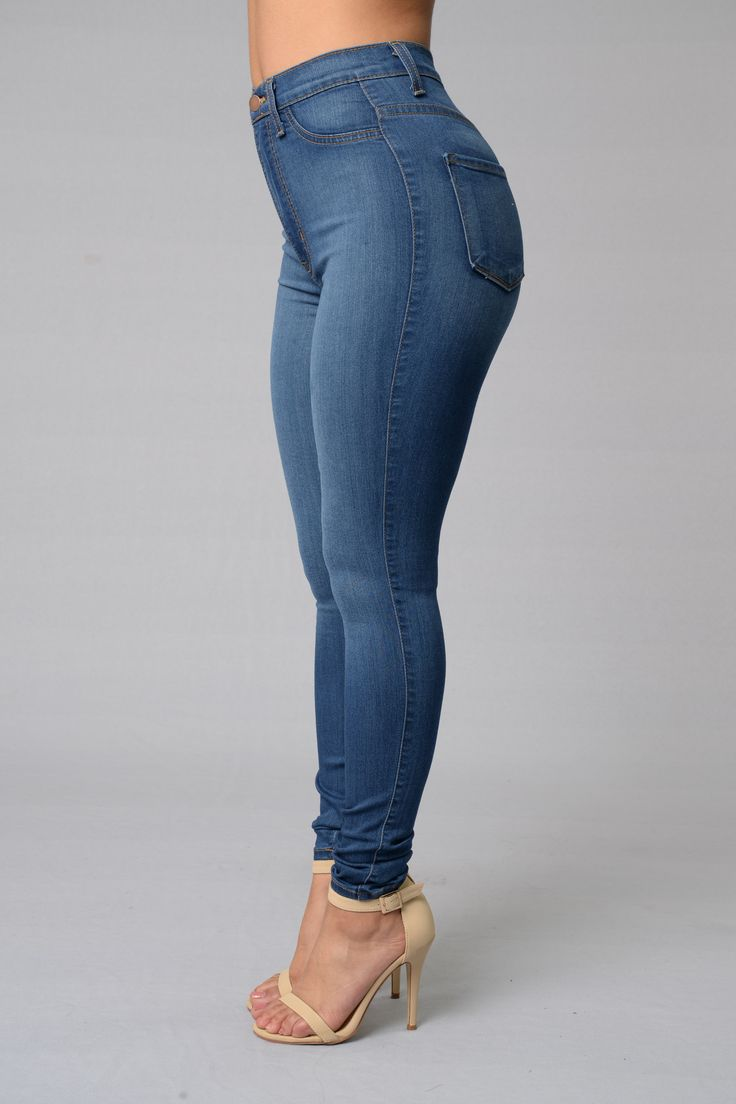 25  best ideas about Sexy jeans on Pinterest   Flare jeans, Flare ...