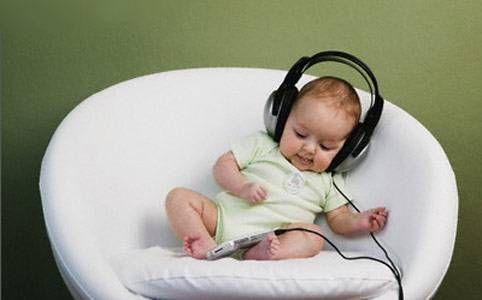Lo sviluppo dei 5 sensi nel bambino: come e quando avviene