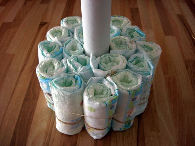 25 best ideas about gateau de couches on pinterest artisanat de couches b b g teaux de - Gateau 1 an fille ...