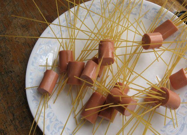 espaguetis con salchichas receta