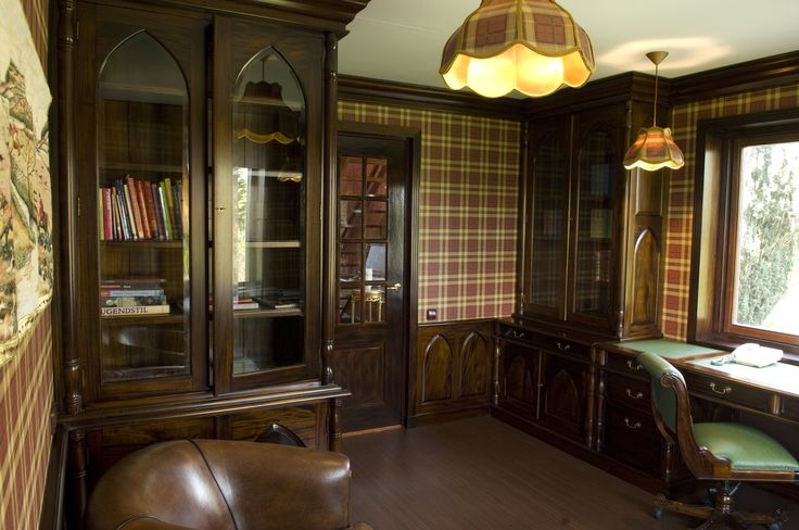 Mahonie klassiek kantoor op maat gemaakt door Mr. Higgins