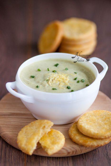 Готовлю с любовью - Суп-пюре из цветной капусты и цуккини/cырное печенье