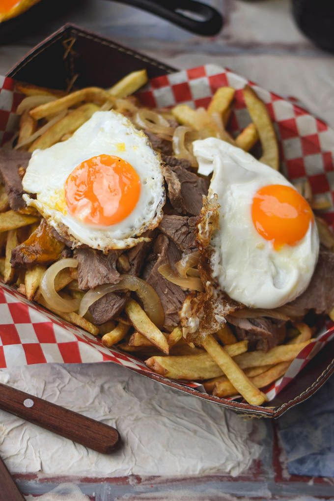 Traditional Chilean Chorrillana (Beef & Egg Loaded French Fries!) (6)