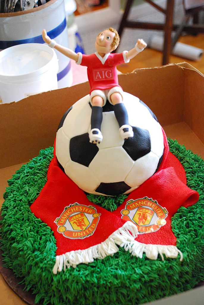 soccer wedding cake 25 best ideas about manchester united cake on 20274