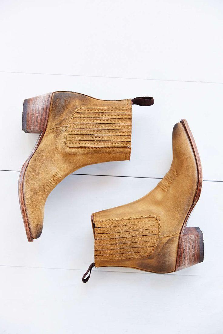 Sendra Lia Chelsea Boot