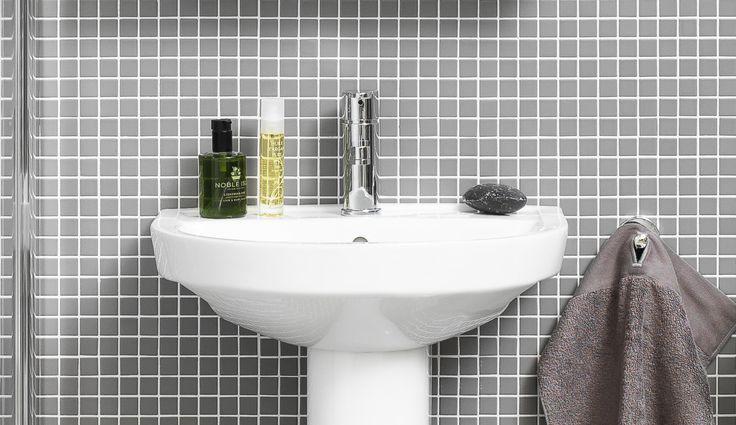Tvättställ (>50 cm bredd) från serien Nordic³. Skandinaviska standardmått med funktionell design.