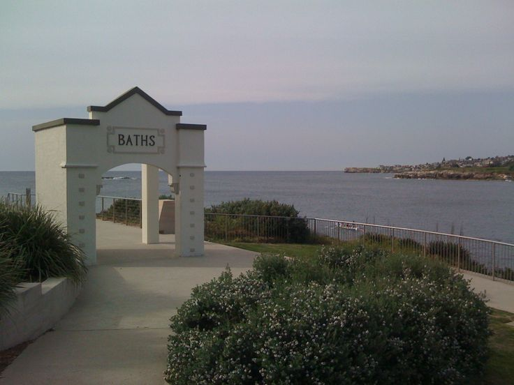 'Headland'. The old baths portico where victims of the 2002 Bali Bombings, who resided in Sydney's eastern suburbs, are commemorated.