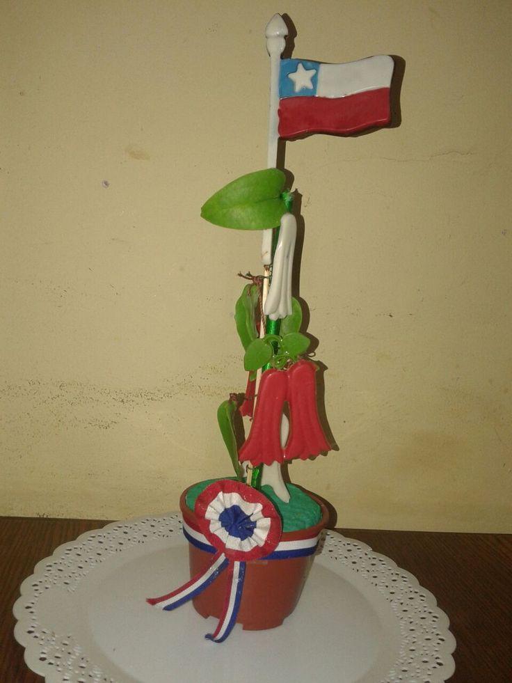 Copihue Flor Nacional  danos tu idea y la realizamos en Chocolate