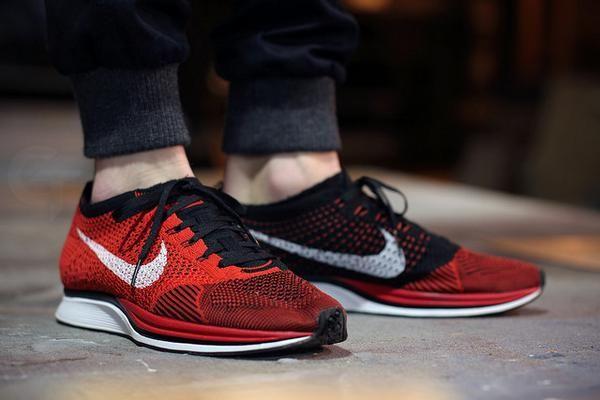 Nike Flyknit Racer Black Red