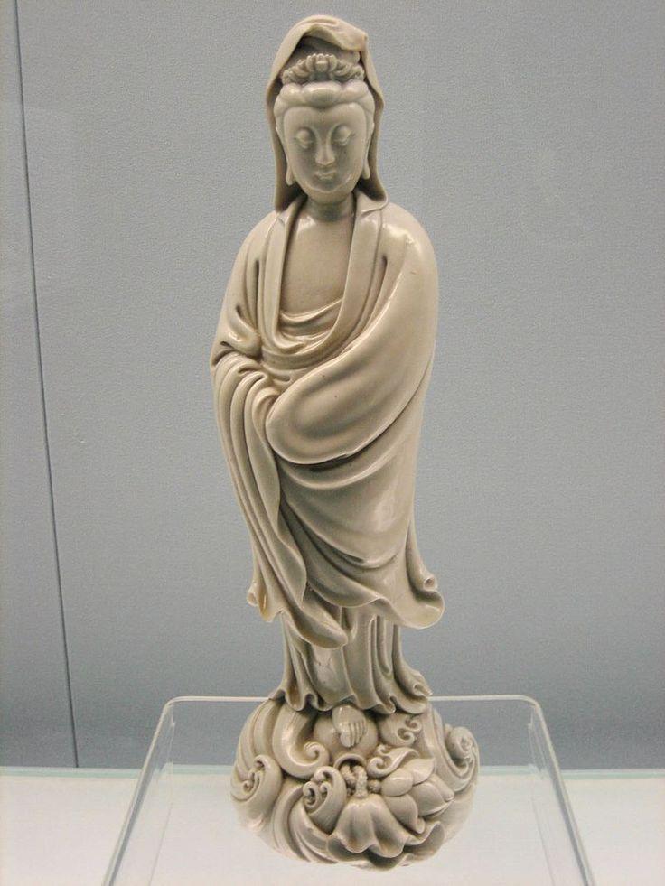 Status of Kuan Yin - Guanyin - Wikipedia