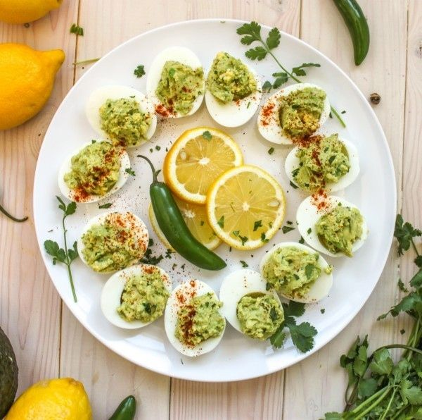 Guacamole Deviled Eggs | 29 Quick And Easy Oscars Party Appetizers