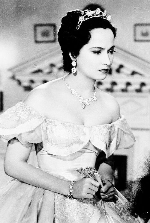 Merle Oberon in Wuthering Heights, 1939