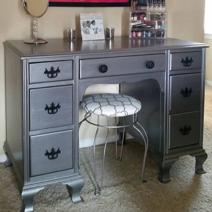 Desk Turned Make Up Vanity By Neat Dreams Design With Modern Masters Pewter Metallic Paint