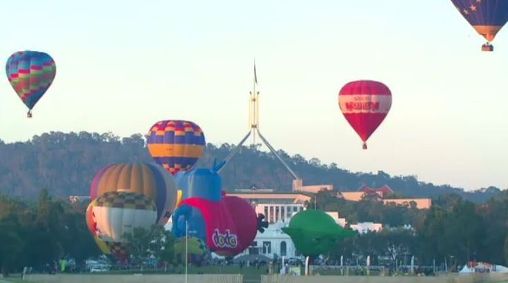 Balloons in the Canberra sky 7/3/2015.