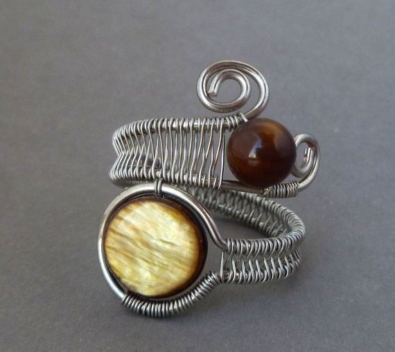 awesome Wire wrapped ring / Wire Wrapped jewelry handmade / silver wire wrap ring / wire jewelry / honey brown mother of pearl / woven wire jewelry