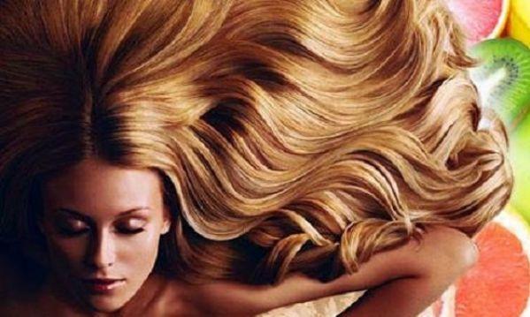 Θεαματικά αποτελέσματα για υγιή μαλλιά με υλικά από την κουζίνα!