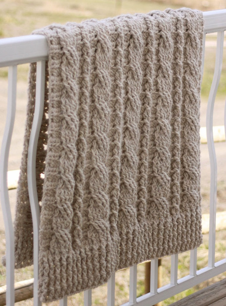 Crochet Cable Baby Blanket Pattern : PATTERNFISH - Chunky Cables Decorative Throw (crochet ...