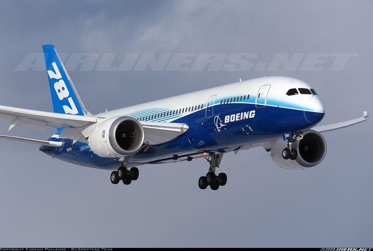 Boeing  Boeing 787-8 Dreamliner