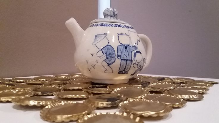 Hand thrown teapot, glaze with cobalt oxide, Jade Chan, 2015
