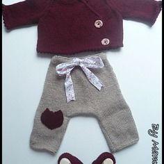 Ensemble bébé (0-3 mois) : cache coeur - sarouel et chaussons coordonnés beige et bordeaux