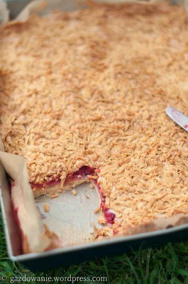 Pleśniak - szybki w wykonaniu, delikatny i bardzo smaczny, najlepszy z jagodami. W przepisie z Werandy Country nie ma wody i jogurtu oraz ekstraktu waniliowego.