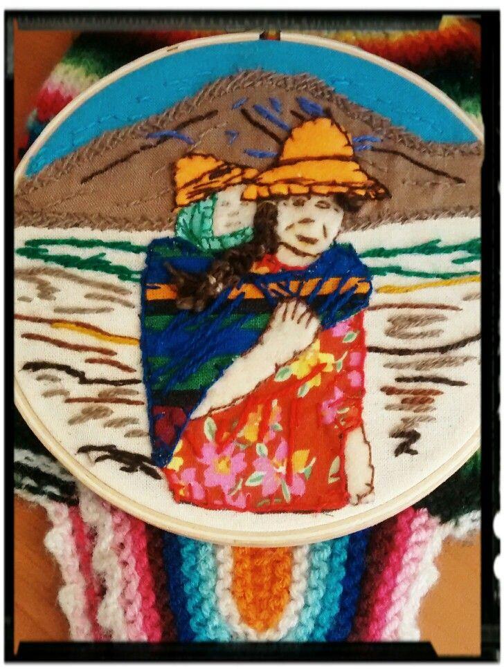 Mujer aymara arpillera 12 cm.