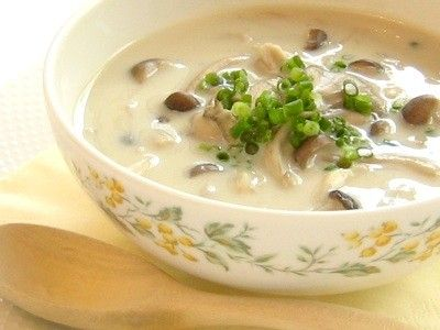 1人分93kcal たっぷりきのこのしょうが豆乳スープ