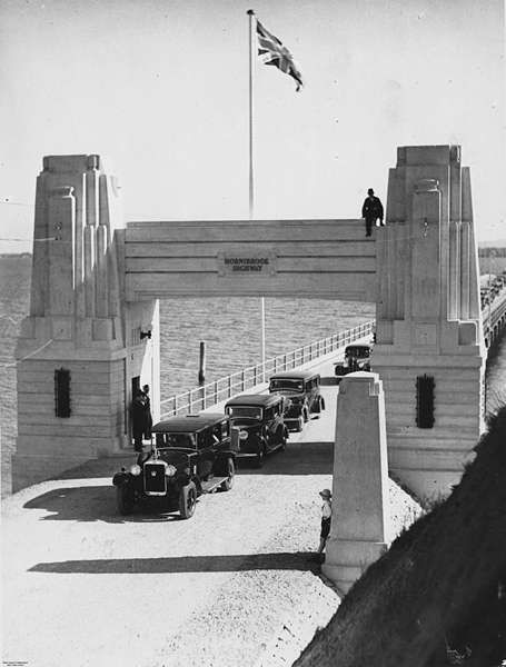 Picture of / about 'Redcliffe' Queensland - Opening of the Hornibrook Highway, Redcliffe, 1935