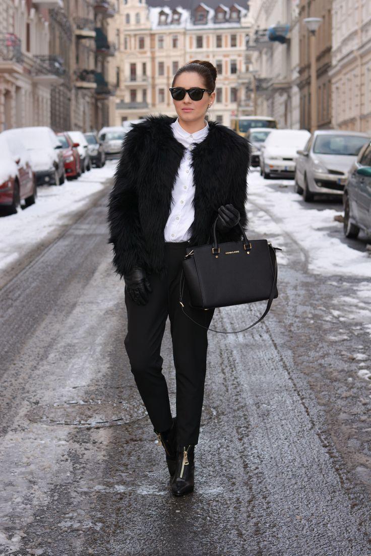 http://fashionbymonika.blogspot.com/2015/02/winter-elegance.html