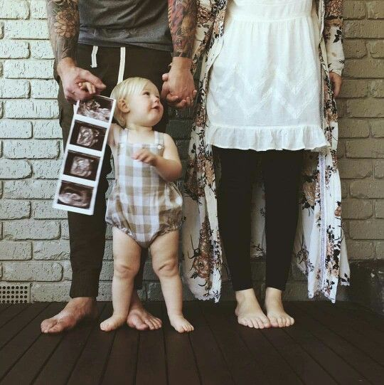 Beautiful announcement of second baby