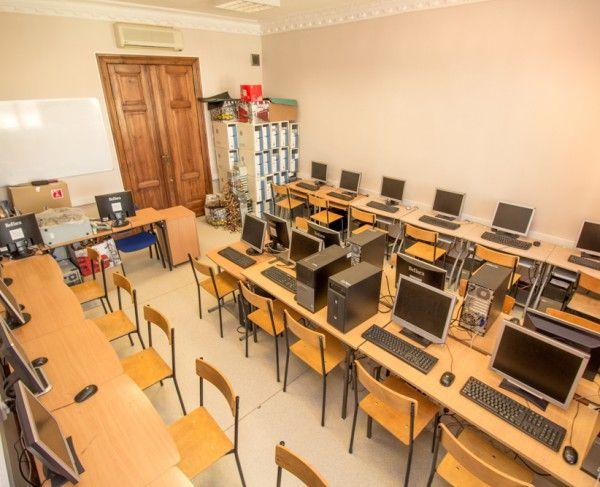Pracownia komputerowa w Poznaniu, #sale #saleszkoleniowe #salepoznan #salapoznan #salaszkoleniowa #szkolenia  #szkoleniowe #sala #szkoleniowa #poznaniu #konferencyjne #konferencyjna #wynajem #sal #sali #poznan #poznań #szkolenie #konferencja #wynajęcia #salekonferencyjne