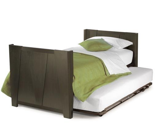 So Smart Trundle Bed Pops Up To Make Twin Day Into King Size Would Be Good For The Ki Home Pinterest Kids Rooms And Twins