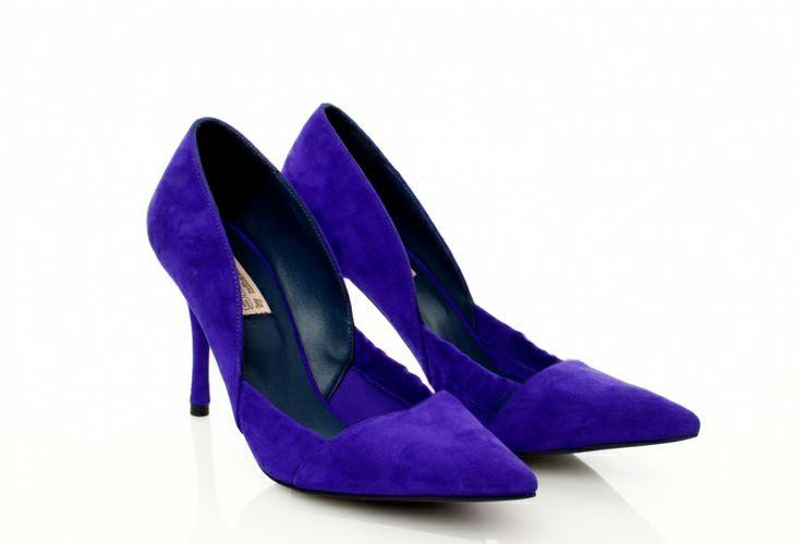 Leather Indigo shoes by Mihaela Glavan |  http://bit.ly/1D3lr6N www.wearitwithlove.com
