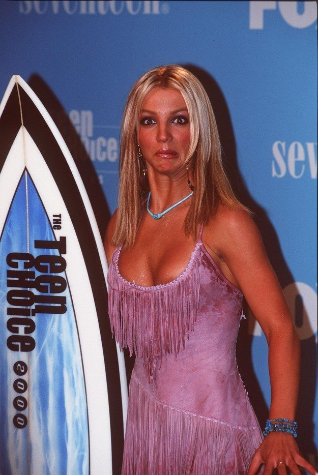 Accepting a surfboard at the Teen Choice Awards.   29 Things Every '90s Kid Still Dreams Of Doing