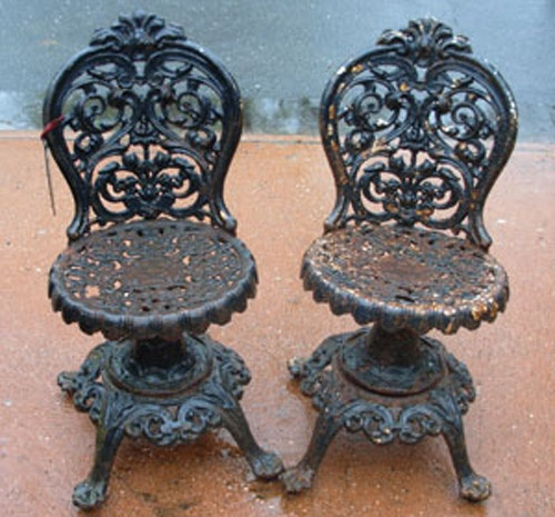victorian garden chairs....how lovely!