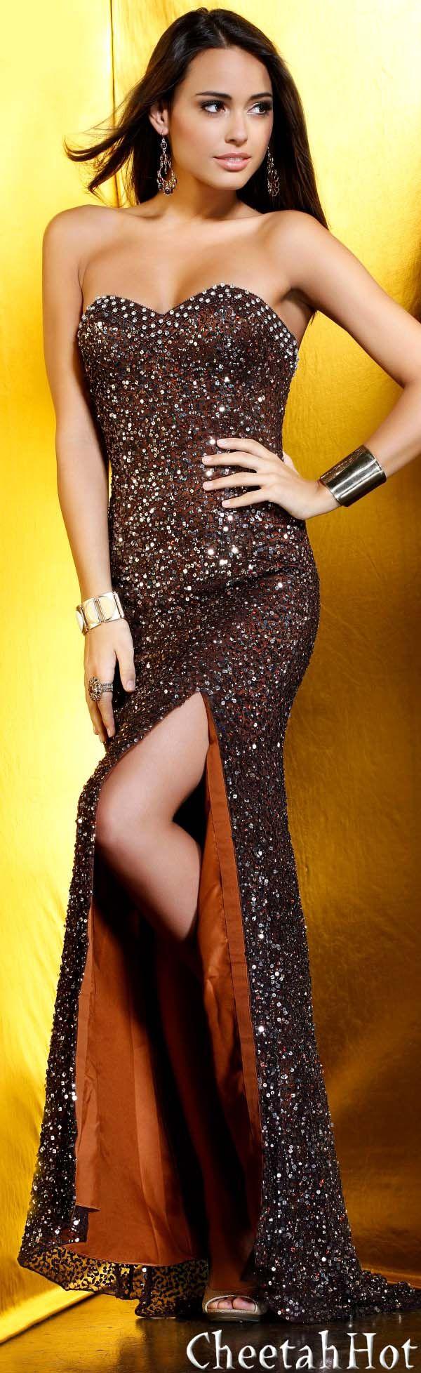 SHAIL K - Strapless Gown Style Fashion Dress