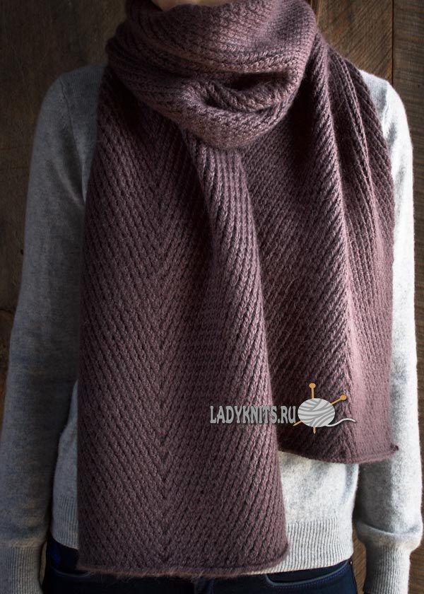 Стильный шарф спицами с простым диагональным узором