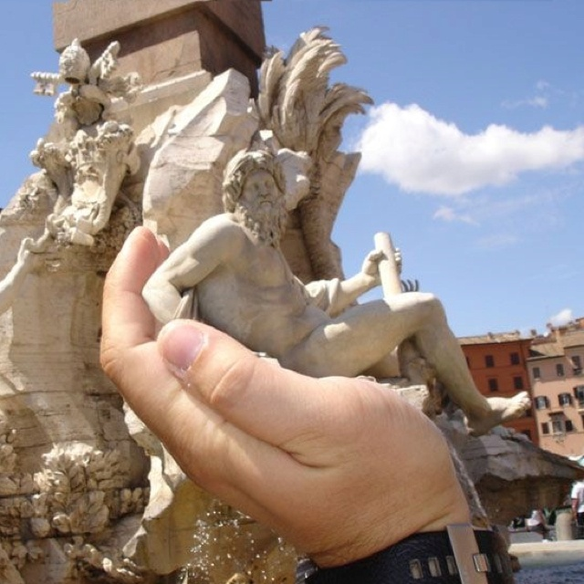 """""""Abducting The Statues In Rome"""""""