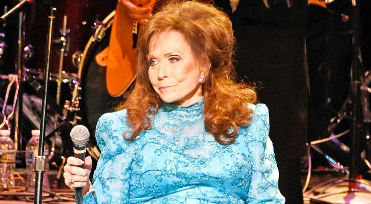 After suffering a stroke at her Tennessee home, Loretta was advised to hold off on touring until she recovered...