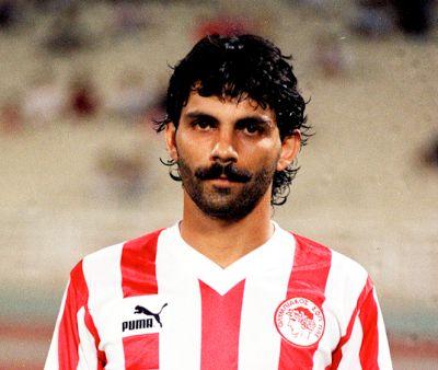 Ξανθόπουλος Πέτρος. (1959). Αμυντικός. Από το 1978-1988, (238 συμμετοχές 8 goals).