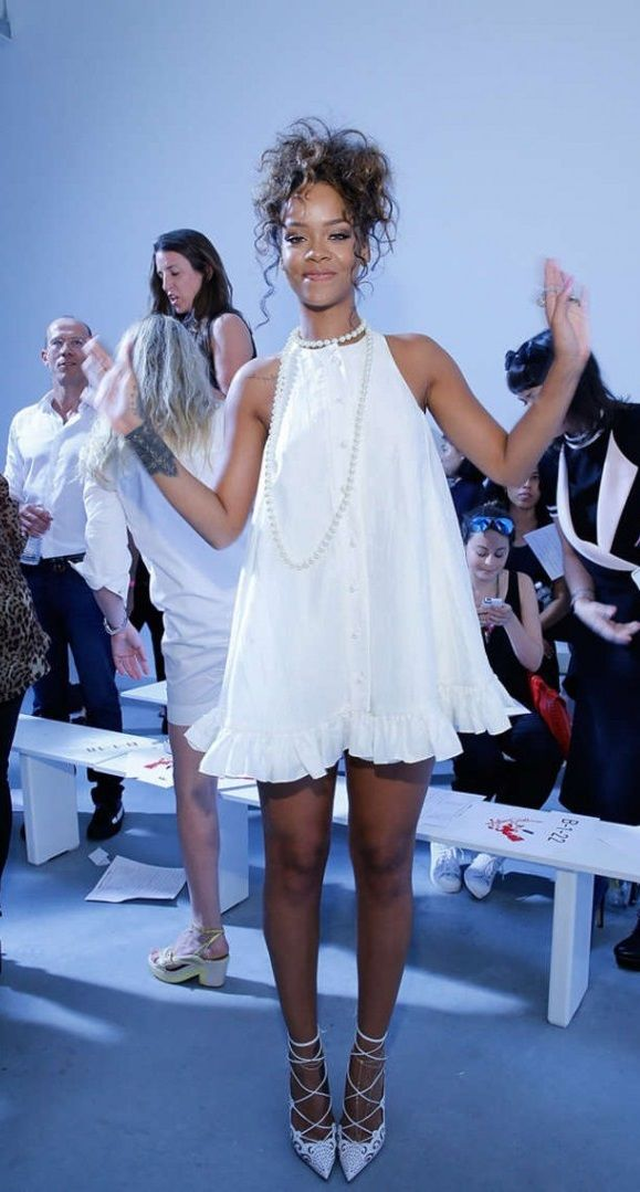 Rihanna Adam Selman Fashion Show In Nyc Looks Celebridy Pinterest Nyc Rihanna And