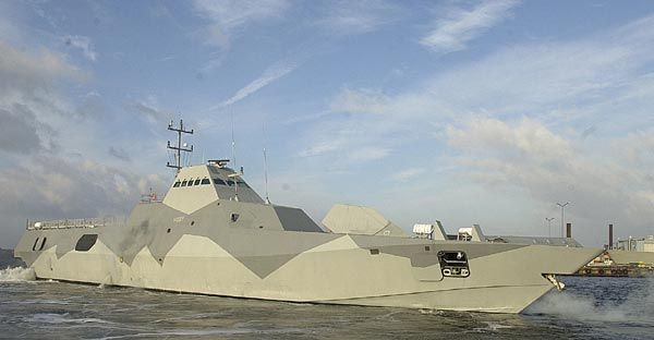 Google Image Result for http://www.naval-technology.com/projects/visby/images/Visby_5.jpg