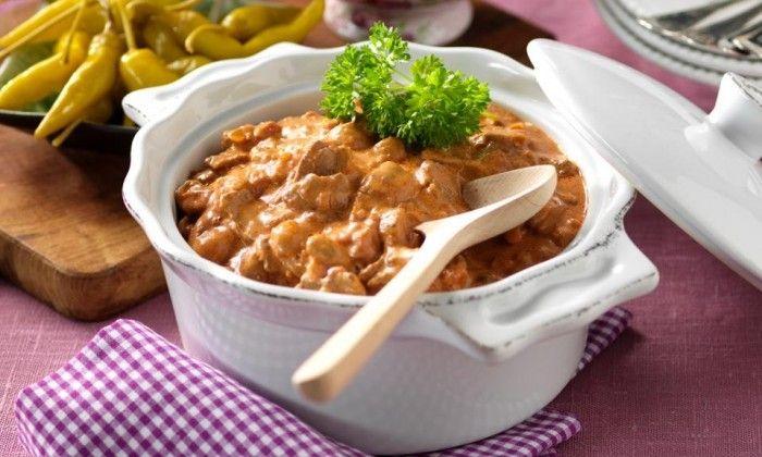 Alla gillar biff Stroganoff – en klassiker med lövbiff! Nykokt ris eller pressad potatis är gott till.
