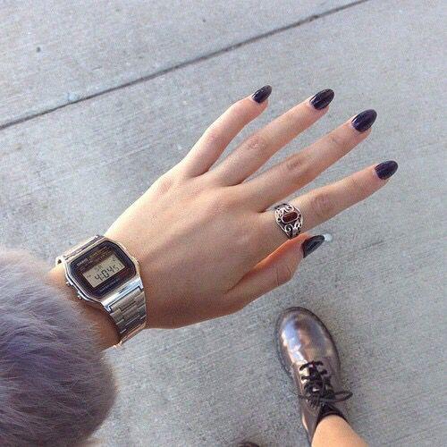 Black nails, Casio watch, silver DR. MARTENS.
