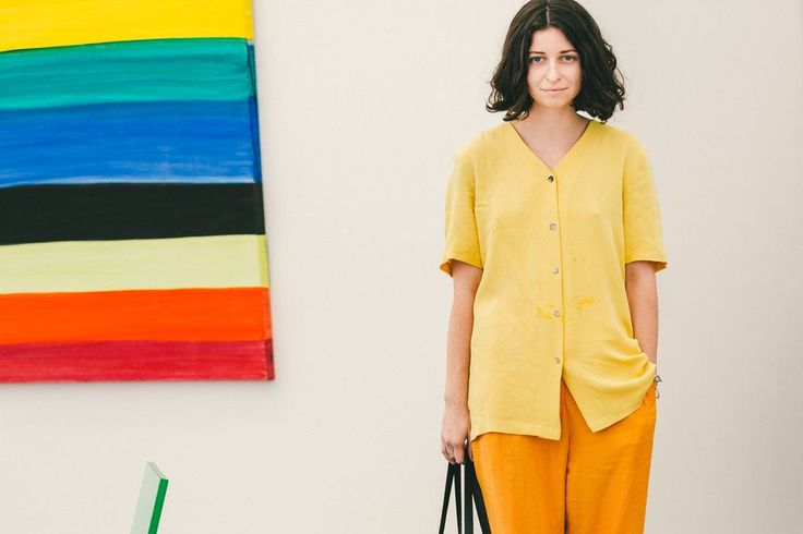 Mellow yellow // See more at Racked: (http://ny.racked.com/2015/5/19/8625495/frieze-art-fair-street-style?utm_campaign=ny.racked&utm_content=gallery-post&utm_medium=social&utm_source=pinterest)
