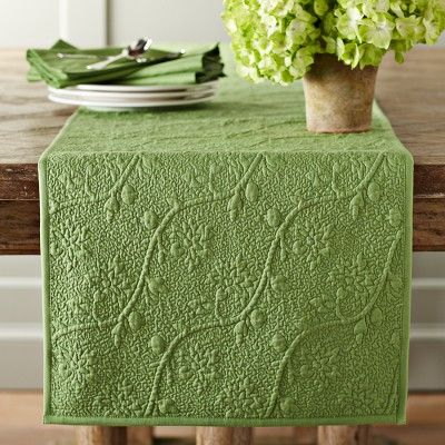 Vine floral boutis table runner table runners vines and for Table and vine