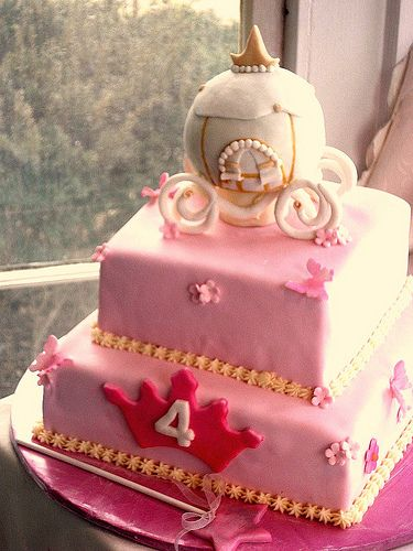 Cinderella cake.... I like the idea of the crown