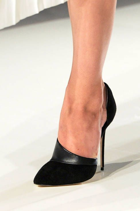 Victoria Beckham Fall 2014 - Details - my arch is far too high to  comfortably accommodate these shoes, but man they're pretty.