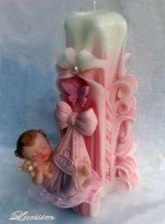 Vyřezávaná svíčka k narození miminka - holčička