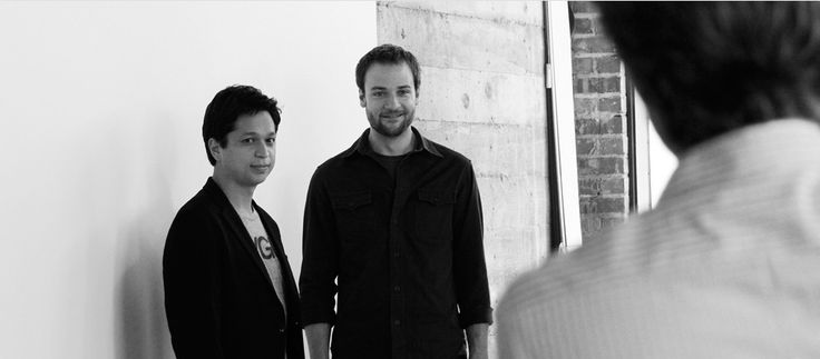 Это началось с ПинаPinterest—это сервис визуальных закладок, который поможет вам находить и коллекционировать интересные идеи. Наша миссия— помогать людям отыскивать то, что им действительно нравится, и реализовывать эти вещи в повседневной жизни. Мы строим первую в мире и самую большую платформу открытий. Бен Зильберман, Эван Шарп и Пол Скиарра создали наш веб-сайт в марте 2010года. С тех пор мы помогли миллионам людей найти себе новое хобби, подобрать собственный уникальный стиль и…